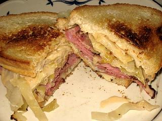 Click image for larger version  Name:pastrami sandwich.jpg Views:150 Size:89.3 KB ID:10292