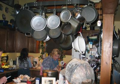 Click image for larger version  Name:Kitchen re-sized.jpeg Views:101 Size:24.6 KB ID:1052