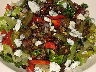 Click image for larger version  Name:romaine salad 1.jpg Views:222 Size:123.3 KB ID:11089