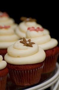 Name:   wedding-cupcake-pictures.jpg Views: 244 Size:  8.5 KB