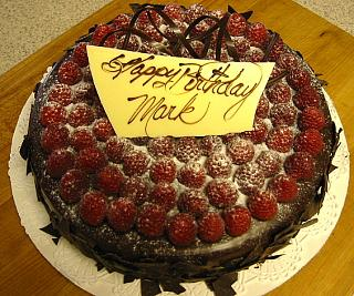 Click image for larger version  Name:cake.JPG Views:152 Size:254.7 KB ID:131