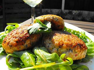 Click image for larger version  Name:Fishcakes CTC.jpg Views:216 Size:108.7 KB ID:13621