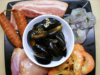 Click image for larger version  Name:PAELLA 002.JPG Views:129 Size:98.2 KB ID:14555