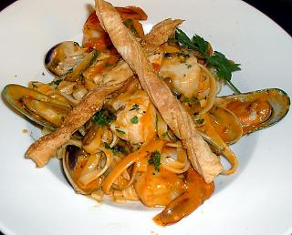 Click image for larger version  Name:seafoodpastaallavodka.jpg Views:163 Size:119.2 KB ID:1497