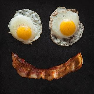 Click image for larger version  Name:Bacon and Egg Smile.jpg Views:102 Size:73.5 KB ID:15046