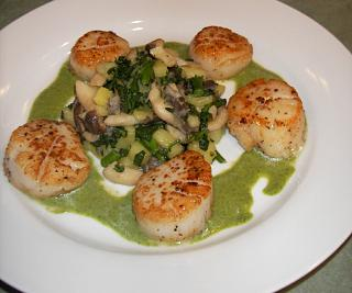 Click image for larger version  Name:seared-scallops.jpg Views:190 Size:150.4 KB ID:1524