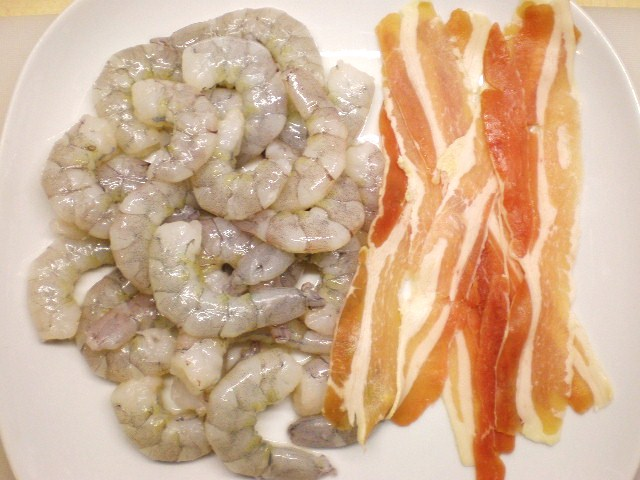 Click image for larger version  Name:BUCCATINI & PRAWNS 003.JPG Views:97 Size:93.4 KB ID:18888