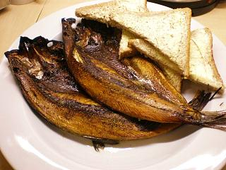 Click image for larger version  Name:LOCH FYNE KIPPERS 008.JPG Views:173 Size:111.8 KB ID:20256