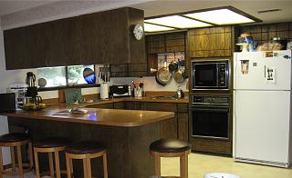 Click image for larger version  Name:old-kitchen_2.jpg Views:189 Size:52.5 KB ID:23622