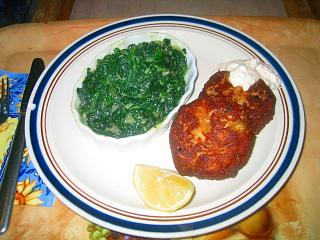 Click image for larger version  Name:Crabcakes and creamed spinach.JPG Views:209 Size:100.2 KB ID:2371