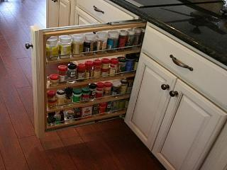 Click image for larger version  Name:spice cabinet pull out.jpg Views:114 Size:56.4 KB ID:24608