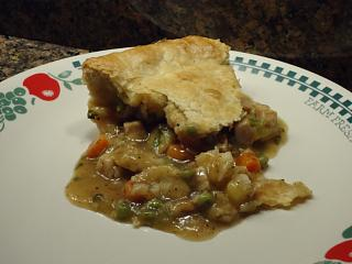 Click image for larger version  Name:chicken pot pie.jpg Views:136 Size:126.7 KB ID:24962