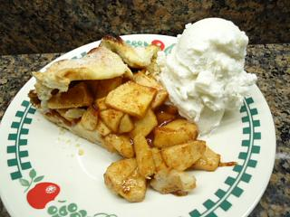 Click image for larger version  Name:apple crostata pie.jpg Views:178 Size:120.4 KB ID:24965
