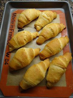 Click image for larger version  Name:crescent rolls on a tray.jpg Views:56 Size:38.0 KB ID:25631