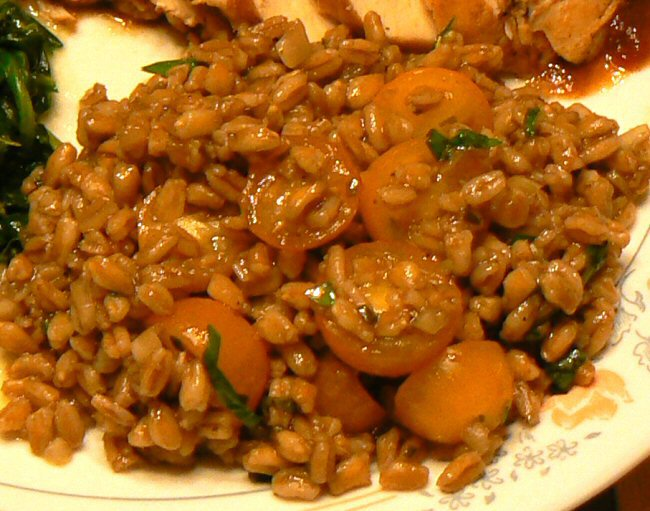Click image for larger version  Name:farro_tomato_herb_salad_082617_P1100193.jpg Views:198 Size:138.1 KB ID:27674