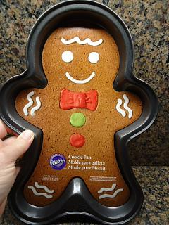 Click image for larger version  Name:cookie pan.jpg Views:594 Size:48.3 KB ID:28479