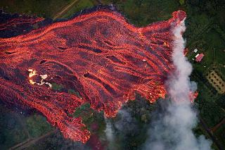 Click image for larger version  Name:eruption on the big island.jpg Views:83 Size:89.6 KB ID:30046