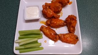 Click image for larger version  Name:Chicken wings.jpg Views:40 Size:44.1 KB ID:31528
