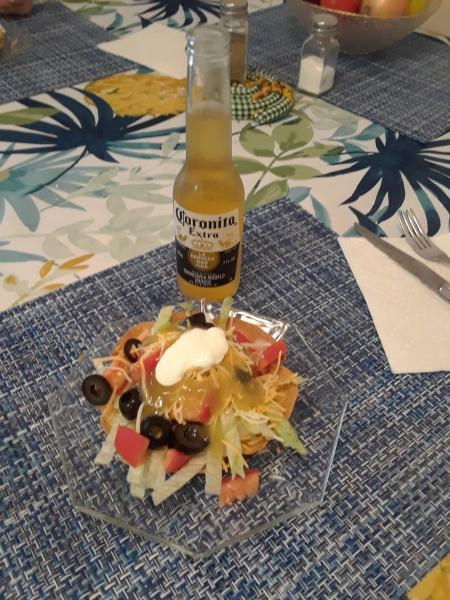 Click image for larger version  Name:Taco Bowls.jpg Views:18 Size:63.8 KB ID:31976