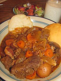 Click image for larger version  Name:Beef Bourguignon .jpg Views:46 Size:42.6 KB ID:32180
