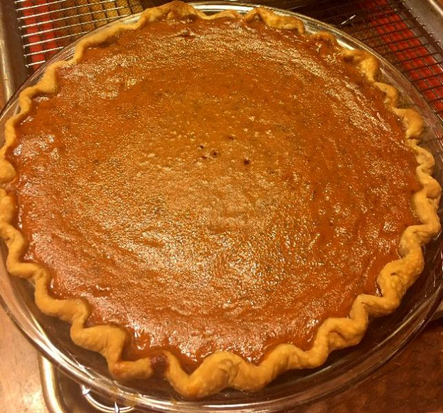 Click image for larger version  Name:pumpkin_pie_112118_IMG_5069.jpg Views:36 Size:95.2 KB ID:32327