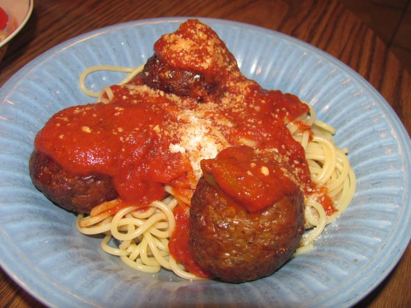 Click image for larger version  Name:Spaghetti & Meatballs.jpg Views:10 Size:71.6 KB ID:32540