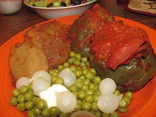 Click image for larger version  Name:Stuffed Peppers.jpg Views:22 Size:60.7 KB ID:32815