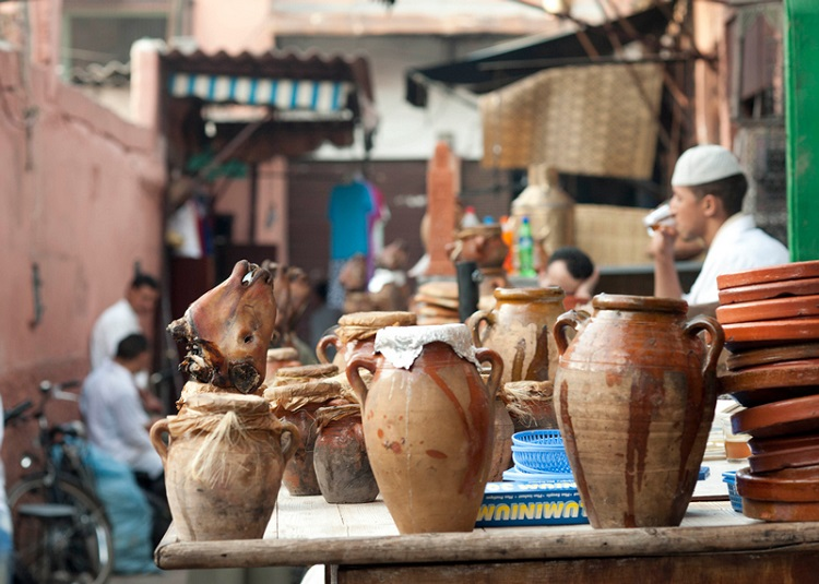 Click image for larger version  Name:tangia_stand_marrakech.jpg Views:38 Size:136.3 KB ID:32985