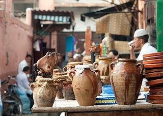 Click image for larger version  Name:tangia_stand_marrakech.jpg Views:64 Size:136.3 KB ID:32985