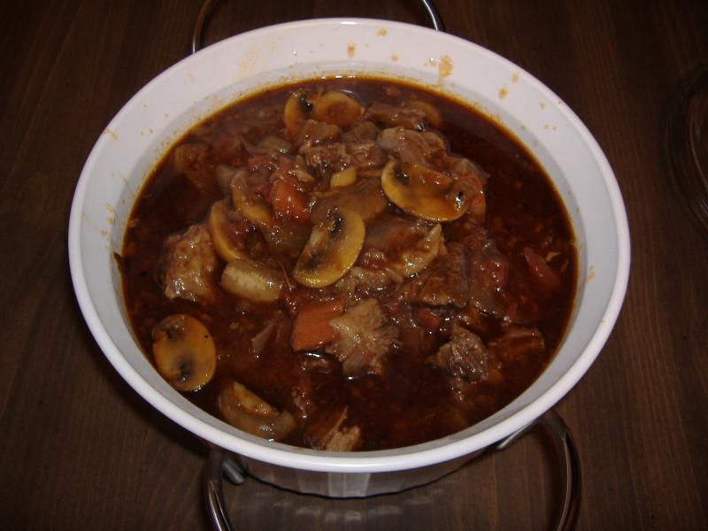 Click image for larger version  Name:Oxtail Stew 013.jpg Views:13 Size:50.3 KB ID:32991