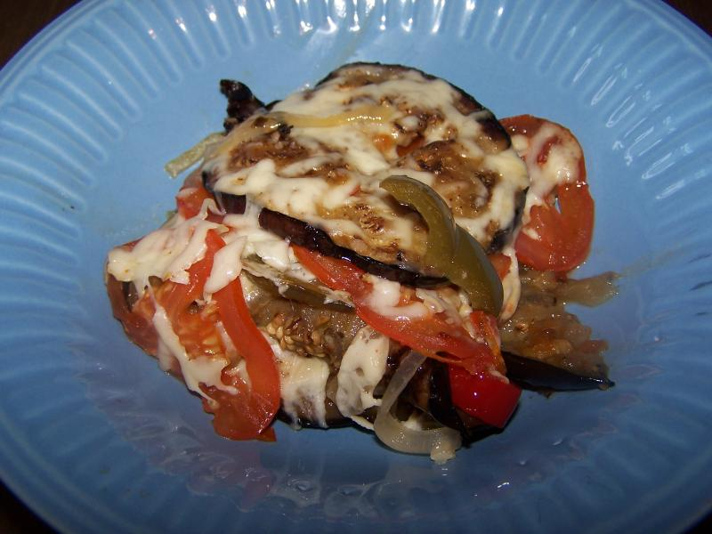 Click image for larger version  Name:Smothered eggplant014.jpg Views:11 Size:57.8 KB ID:33614