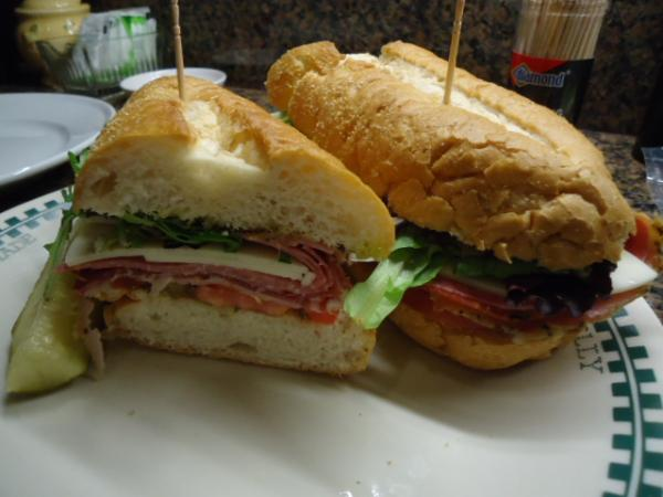 Click image for larger version  Name:hoagies.jpg Views:26 Size:34.3 KB ID:34016