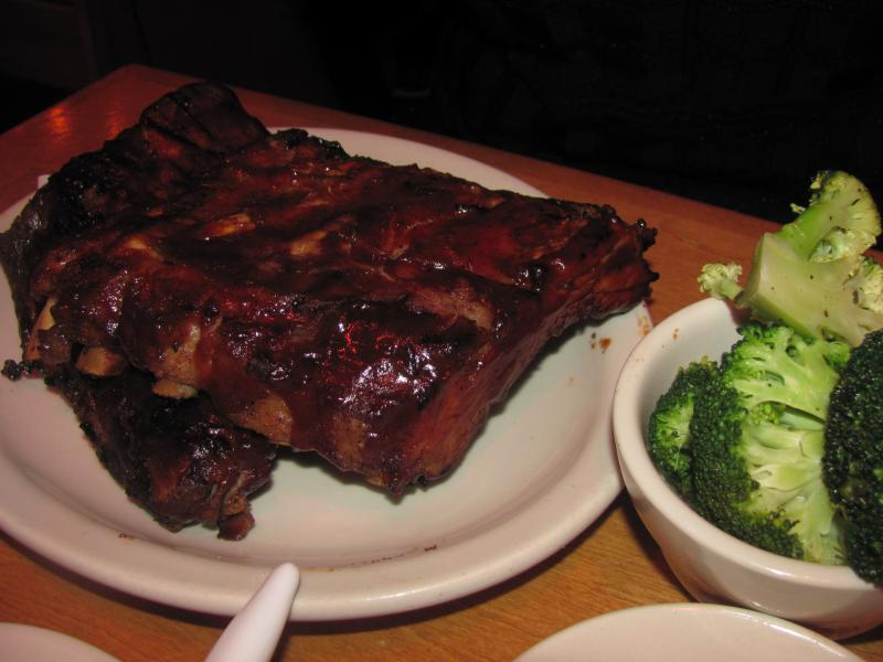 Click image for larger version  Name:Texas Roadhouse Ribs.jpg Views:18 Size:54.3 KB ID:34136