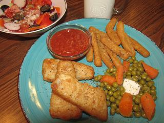 Click image for larger version  Name:Fish Filets, Cauliflower Fries.jpg Views:23 Size:77.4 KB ID:34754