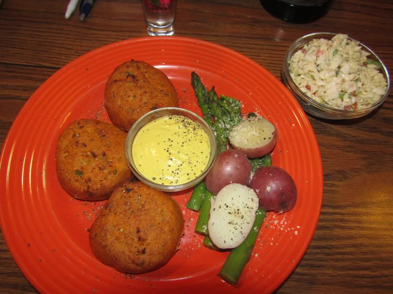 Click image for larger version  Name:Salmon Cakes.jpg Views:14 Size:67.9 KB ID:34833
