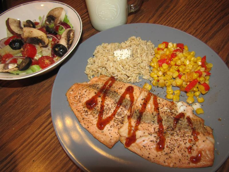 Click image for larger version  Name:Salmon Filet .jpg Views:20 Size:81.4 KB ID:34864