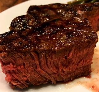 Click image for larger version  Name:sirloin_steak_061619_IMG_5915.jpg Views:18 Size:55.9 KB ID:35221