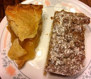 Click image for larger version  Name:brunch_crumb_cake_peach_pie_062419_IMG_5934.JPG Views:16 Size:104.5 KB ID:35298