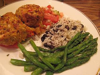 Click image for larger version  Name:Crab Cakes, Tuscan.jpg Views:42 Size:72.2 KB ID:35628
