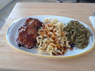 Click image for larger version  Name:Chicken thigh dinner.jpg Views:37 Size:54.7 KB ID:35952