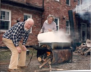Click image for larger version  Name:making maple syrup.jpg Views:28 Size:80.4 KB ID:35961