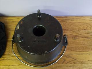 Click image for larger version  Name:Dutch-Oven-3.jpg Views:147 Size:47.9 KB ID:36430