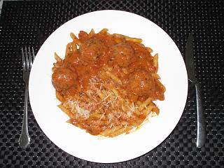 Click image for larger version  Name:IMG_8835 -  Meatballs & Angel Hair & Penne in Rose Sauce.jpg Views:17 Size:71.7 KB ID:36735