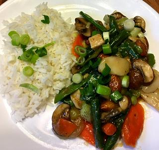 Click image for larger version  Name:chicken_stir_fry_092218_IMG_6271.jpg Views:38 Size:56.4 KB ID:36784