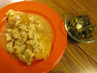 Click image for larger version  Name:Chicken & Biscuits, Collards.jpg Views:30 Size:72.4 KB ID:37901