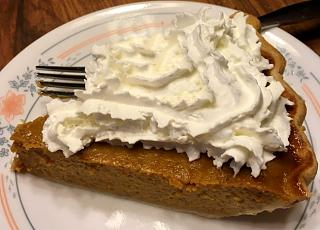 Click image for larger version  Name:pumpkin_pie_slice_122419_IMG_6540.jpg Views:16 Size:75.4 KB ID:37951