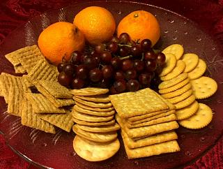 Click image for larger version  Name:fruit_cracker_plate_122519_IMG_6552.jpg Views:27 Size:102.0 KB ID:37964