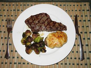 Click image for larger version  Name:IMG_9210 NY strip steak.jpg Views:14 Size:67.9 KB ID:38002