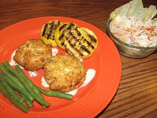 Click image for larger version  Name:crab cakes, Horseradish Sauce .jpg Views:52 Size:78.2 KB ID:38358