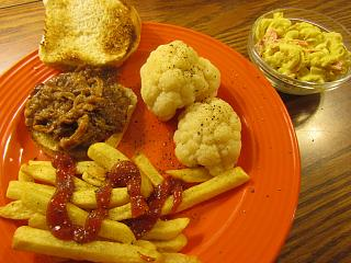 Click image for larger version  Name:Pulled Pork .jpg Views:13 Size:76.3 KB ID:38443